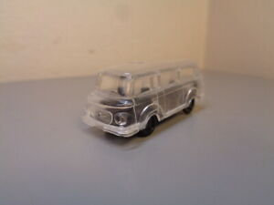 VINTAGE BUS MADE IN GERMANY HO SCALE RARE ITEM MINT CONDITION