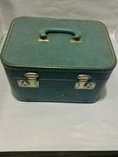 VINTAGE LUGGAGE TRAIN SUITCASE MAKE UP CASE CARRY BOX BLUE TOP HANDLE BY MONARCH