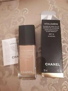 Chanel Vitalumiere satin smoothing fluid makeup