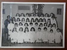 Vecchia foto di scolaresca anni 60 bambine CLASSE ELEMENTARE ricordo Salerno del