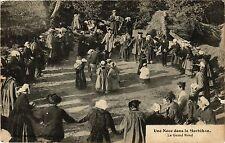 CPA Une Noce dans le Morbihan - Le Grand Rond (368835)