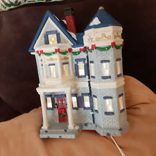 Dickens Victorian Series 429-6281 1998 Hand Painted Porcelain House With Light