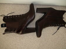 Liz Claiborne Ladies Booties size 9,5 M Leather Upper Coffee Bean High Heel 4in