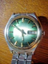SEIKO 7006 7079 Vintage Automatic DAY DATE WRISTWATCH with Electric GREEN DIAL