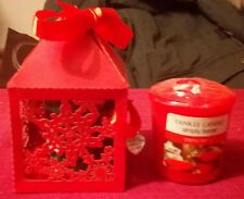 YANKEE CANDLE MERRY BERRY VOTIVE SAMPLER IN RED CHRISTMAS SNOWFLAKE GIFT BOX