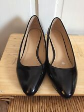Ladies Patent Black Wedge Shoes Size 8E Used Few Times Heavenly Soles