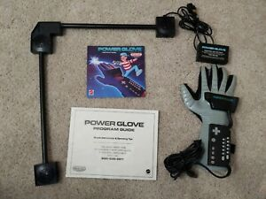 Nintendo Power Glove & Sensor Bar Nintendo NES + Instruction Booklets - M/L