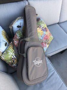 Taylor BT1LH Baby Spruce 3/4 Left Handed Acoustic Guitar w/ Gigbag