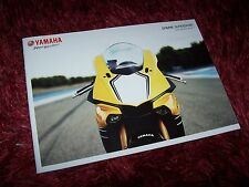 Catalogue /  Brochure YAMAHA YZF R1 / R6 / R3 & R125 2015 //