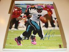 Philadelphia Eagles Michael Vick Signed NFL Football 16x20 Photo Autographed