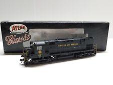 HO Scale - Atlas - Norfolk & Western ALCO C-425 Diesel Locomotive Train #1004