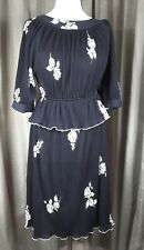 Vintage 40s style Black White Floral Pleated Polyester Dress UK12 EU40