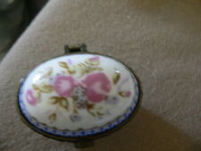 ancienne boit à pilule en porcelaine d'art limoges (2)