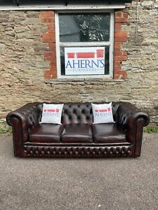*Oxblood Leather Chesterfield sofa 3 Seater FREE DELIVERY 🚚 *