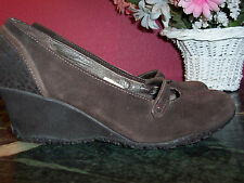 MERRELLS brown suede wedge Mary Jane shoes 6.5M in excellent condition.