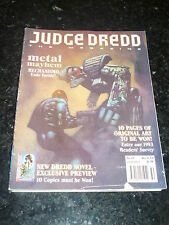 JUDGE DREDD THE MEGAZINE Comic - Series 2 - No 43 - Date 12/1993 - UK Comic