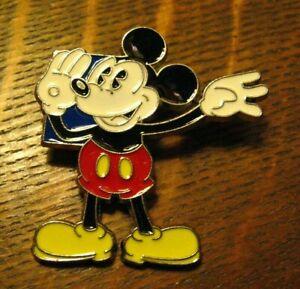 Disney Mickey Mouse 2010 Trading Pin - Retro Shouting Mickey Souvenir Badge Pin