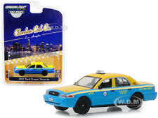 2011 FORD CROWN VICTORIA CHECKER CAB CO. TAXI LOS ANGELES 1/64 GREENLIGHT 30055