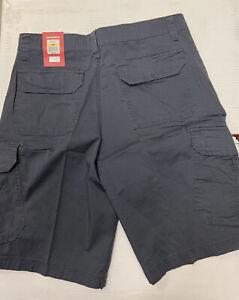 "NEW UNIONBAY Cargo size 32"" Gray Mens Shorts thigh pockets"