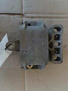 VOLKSWAGEN GOLF LEFT FRONT ENGINE MOUNT, GEN 4 09/98-06/04