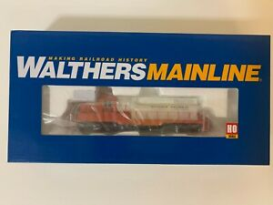 WALTHERS MAINLINE HO EMD GP9 PH2 ILLINOIS CENTRAL #9016 SOUND AND DCC