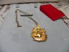 19 INCH CHAIN WITH BOAT PENDANT.  COOL