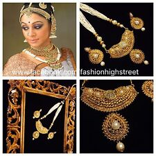 Indian Bollywood Bridal Kundan & Pearl Small necklace & earrings, Jhumkas