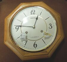 "SEIKO OCTAGON OAK MUSICAL WALL CLOCK 11.5"" IN DIAMETER - 18 MELODIES QXM494BLH"