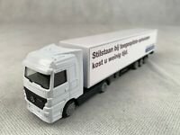 New Actros Mercedes Benz Truck Trailer 1/87 Scale White Model Toy Plastic Black