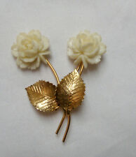 Leaf Brooch Pin Signed Act Ii Vtg Carved Look Double White Flower Gold