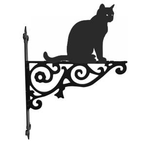 Cat Sitting Metal Hanging Basket Bracket Wall Mounted Decorative Garden