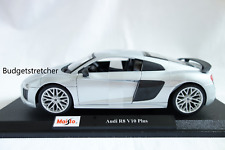MAISTO 1:18 Scale Special Edition Diecast Model Car - Audi R8 V10 Plus - Silver