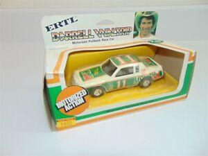 Vintage Ertl Darrell Waltrip #11 Mountain Dew NASCAR Race Car Pullback Motor1:43