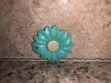 Vintage bakelite or celluloid window Shade Pull flower MINT Green White #1294