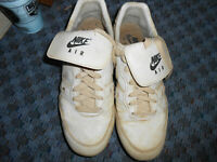 Nike Air Shoes Sneakers Cleats Size 10.5 Baseball Athletic