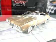 OLDMOBILE Cutlass 442 Hardtop Coupe br 1968 Muscle Car V8 ERTL Autoworld SP 1:18