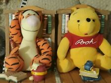 BookEnds Buddies Disney Books Winnie the Pooh & Tiger Plush Storybook Hunny Pot