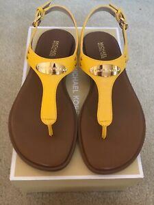 Michael Michael Kors women's MK Plate Flat Thong Sandals Sunflower Yellow New