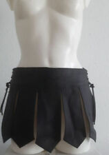 Normalgröße Miniröcke aus Leder