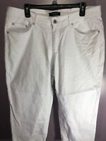 Ashley Stewart Plus Size 16 Jeans Capri White Mid Rise Straight 5 Pockets ZR14