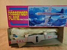 Friction Passenger Plane MF104 vintage, MIB