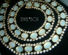 VINTAGE Beautiful OPAL MOONSTONE GLASS CABACHONS CLEAR RHINESTONES NECKLACE