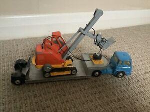 Corgi Toys Low Loader With Priestman Digger Load