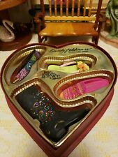 Just the Right Shoe by Raine Too Much is Not Enough Heart Gift Set New