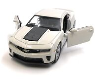 Model Car Chevrolet Camaro ZL1 Muscle Car Beige Car 1:3 4-39 (Licensed)
