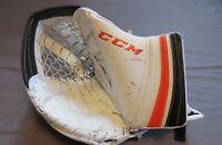 Used Steve Mason CCM Lefevre Pro Stock Goalie Catcher. Right Hand Flyers Glove