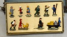 Marklin 0202 HO Station Figures set, Die Cast, Scarce, w/box.  Set 1