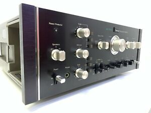 SANSUI AU-11000 Integrated Stereo Amplifier 220 Watts RMS Vintage 1975 Good Look