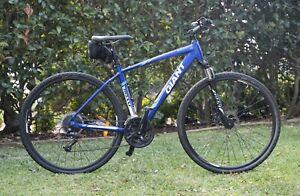 GIANT Roam Disc 2 Medium Size men's Bicycle, 27 speed, great condition