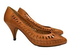 "Vtg 80s Women Pump 3.5"" Heel Shoe Natural Tan Leather Sz 7 Made in Brazil"
